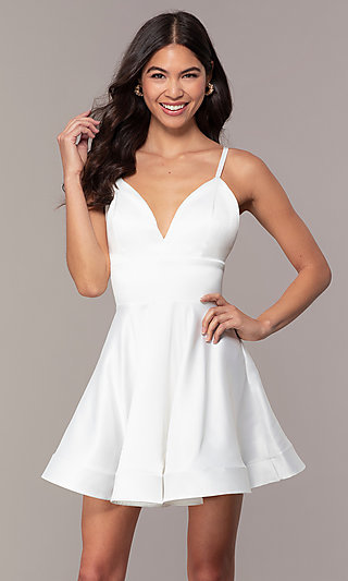 Open-Back Graduation Dress with Criss-Cross Straps
