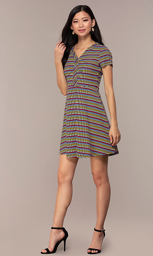 Image of short-sleeved casual striped party dress. Style: IK-RK59720 Detail Image 3