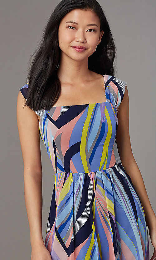 Image of square-neck print sleeveless wedding-guest dress. Style: ECI-NMS-S1052-8445 Detail Image 1