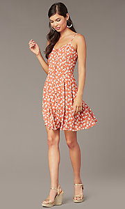 Image of short floral-print casual party dress with buttons. Style: EM-HHS-4085-681 Front Image