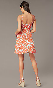 Image of short floral-print casual party dress with buttons. Style: EM-HHS-4085-681 Back Image