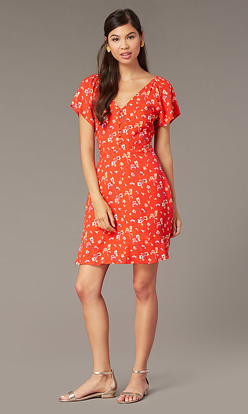 Image of casual short v-neck dress with short sleeves. Style: AC-EDF16064TY Front Image