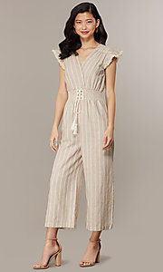Image of cropped-leg v-neck striped causal jumpsuit. Style: CHE-JS16104COQ Front Image