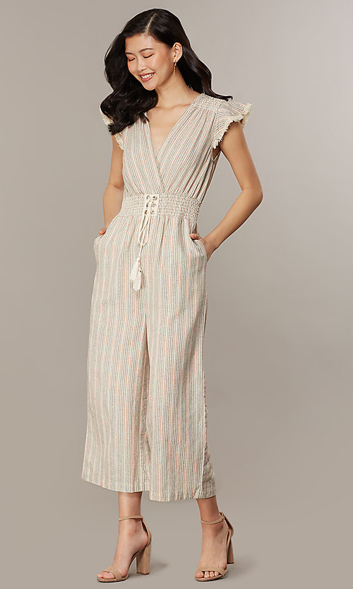 Image of cropped-leg v-neck striped causal jumpsuit. Style: CHE-JS16104COQ Detail Image 6