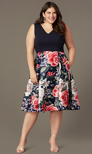 Short Plus-Size Wedding-Guest Dress with Print