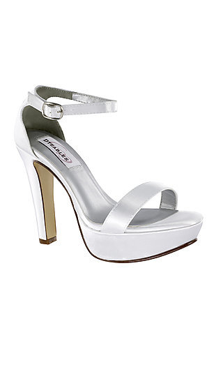 High-Heel Mary Pump in White