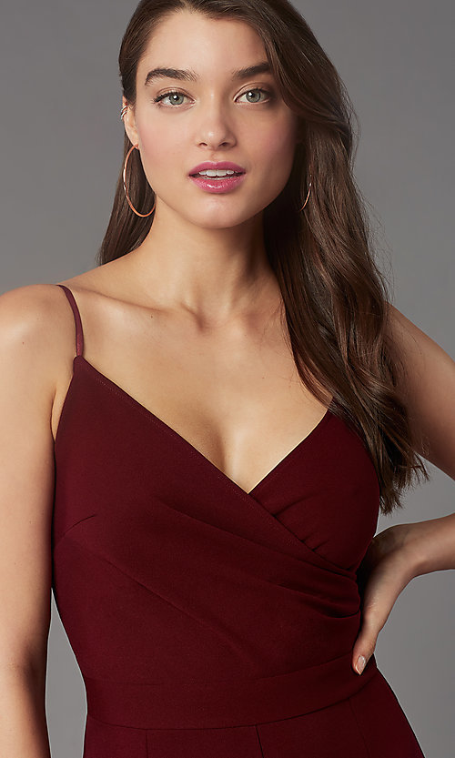 Image of v-neck cocktail party jumpsuit in wine red. Style: EM-AAG-3405-550 Detail Image 2
