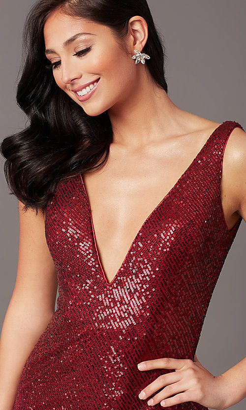 Image of v-neck long sleeveless sequin prom dress. Style: TE-PL-9111 Detail Image 4