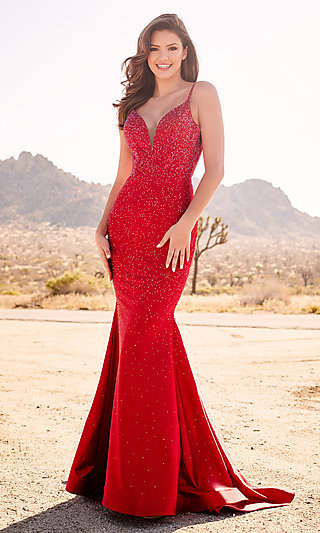 Mermaid-Style Formal Dress with a Back Cut-Out