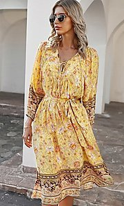 Image of casual knee-length print dress with sleeves. Style: LAS-ESL-21-49363DDY Detail Image 1