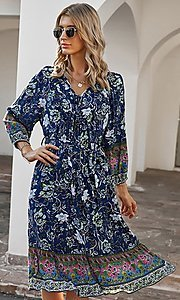 Image of casual knee-length print dress with sleeves. Style: LAS-ESL-21-49363DDY Detail Image 3