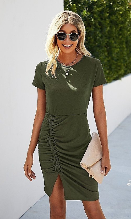Image of day-to-night short sleeve casual ruched dress. Style: LAS-MVT-21-LQ323S5247 Detail Image 1