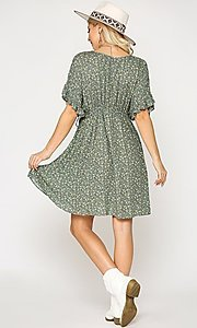 Image of short sleeve short print casual dress with pockets. Style: LAS-GIG-21-TC1738 Back Image
