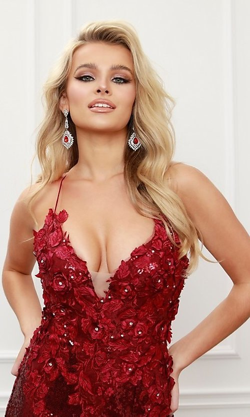 Image of burgundy red long formal prom dress with sequins. Style: NA-21-R429 Detail Image 4