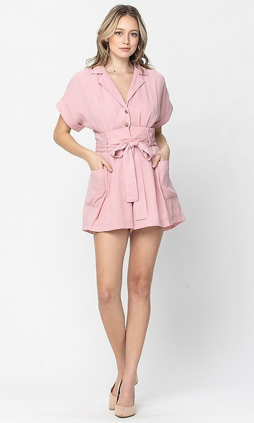 Image of short sleeve short casual romper with pockets. Style: LAS-TCC-21-LR4005 Front Image