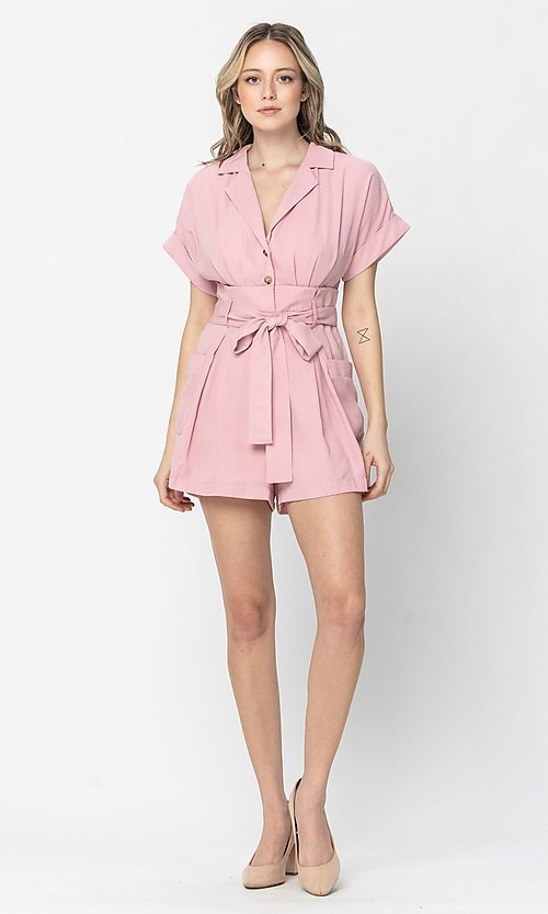 Image of short sleeve short casual romper with pockets. Style: LAS-TCC-21-LR4005 Detail Image 1