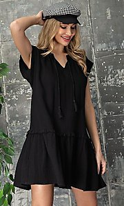 Image of short casual cotton smock dress with v-neck tie. Style: LAS-EES-21-DK4181 Detail Image 4