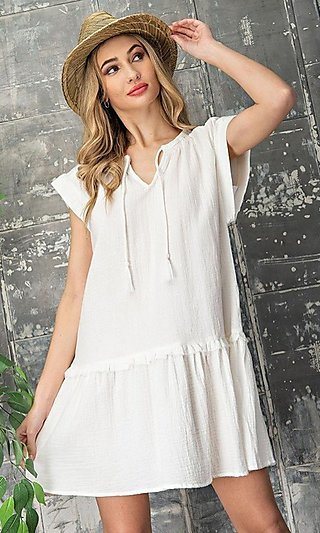 Short Casual Smock Dress with V-Neck Tie