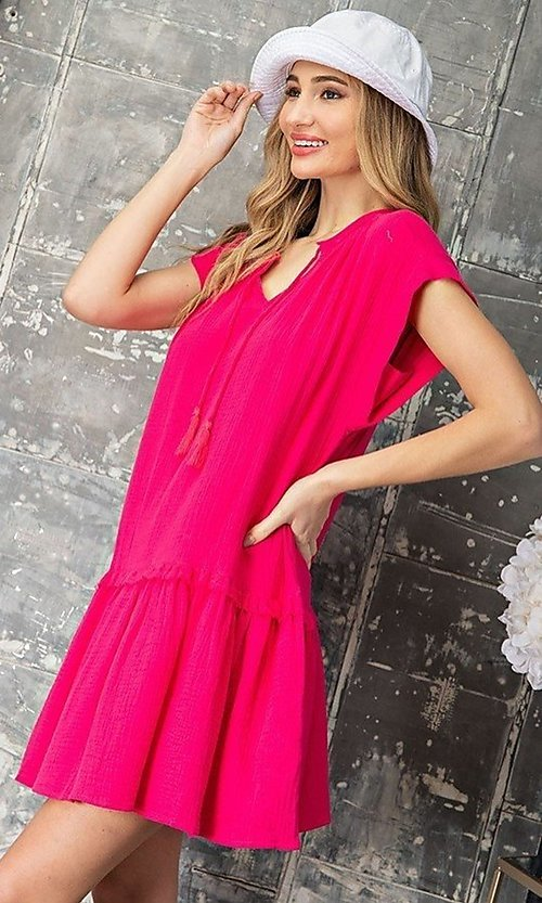 Image of short casual cotton smock dress with v-neck tie. Style: LAS-EES-21-DK4181 Detail Image 3