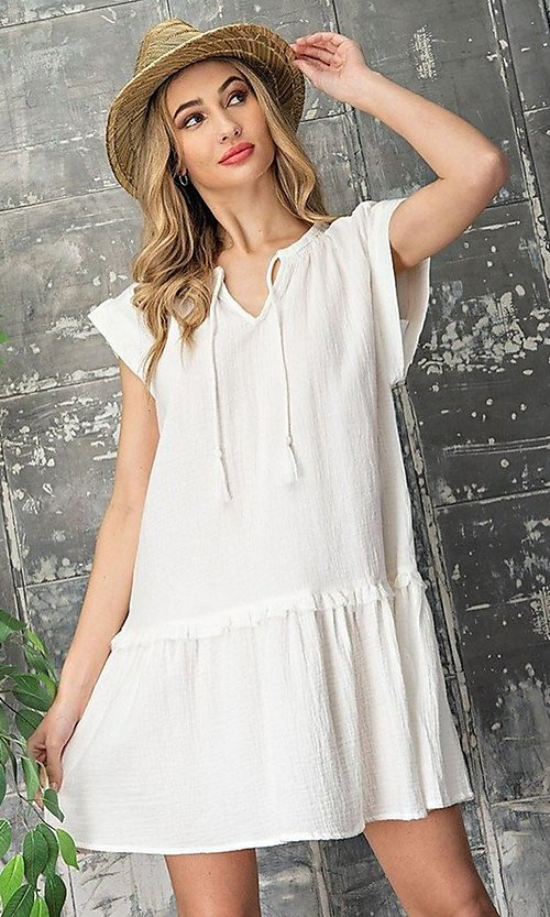 Image of short casual cotton smock dress with v-neck tie. Style: LAS-EES-21-DK4181 Front Image