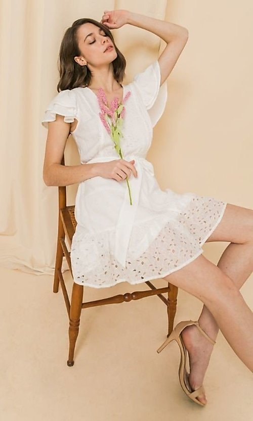 Image of short lace off-white graduation party dress. Style: FG-FT-21-AD2015 Front Image