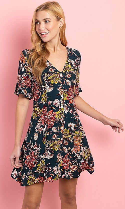 Image of a-line floral-print short casual button-up dress. Style: FG-CLC-21-D1248HF-R Front Image