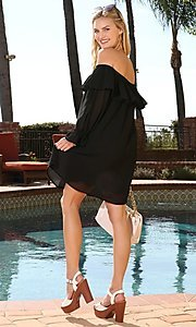 Image of long sleeve off-the-shoulder short party dress. Style: FG-NXS-21-CWDSD612-G Detail Image 3