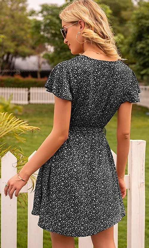 Image of waist-tie short sleeve casual short print dress. Style: FG-LIL-21-CWDSD0693 Detail Image 4
