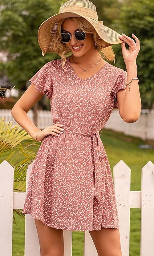 Image of waist-tie short sleeve casual short print dress. Style: FG-LIL-21-CWDSD0693 Front Image