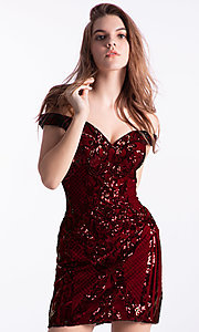 Image of short off-shoulder homecoming dress by Ava Presley. Style: AVA-21-24652 Detail Image 1